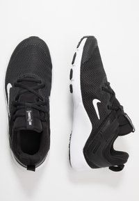 Nike Performance - LEGEND ESSENTIAL - Treningssko - black/white - 1