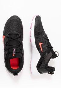 Nike Performance - LEGEND ESSENTIAL - Sportovní boty - black/flash crimson/beyond pink - 1