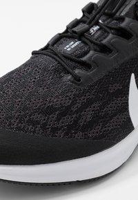 Nike Performance - AIR ZM PEGASUS 36 FLYEASE WD - Zapatillas de running neutras - black/white/thunder grey - 5