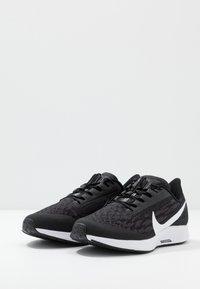 Nike Performance - AIR ZM PEGASUS 36 FLYEASE WD - Zapatillas de running neutras - black/white/thunder grey - 2