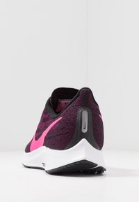 Nike Performance - AIR ZM PEGASUS 36 FLYEASE WD - Obuwie do biegania treningowe - black/pink blast/true berry/white - 3