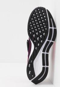 Nike Performance - AIR ZM PEGASUS 36 FLYEASE WD - Obuwie do biegania treningowe - black/pink blast/true berry/white - 4