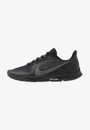 AIR ZOOM PEGASUS 36 SHIELD - Chaussures de running neutres - black/metallic silver