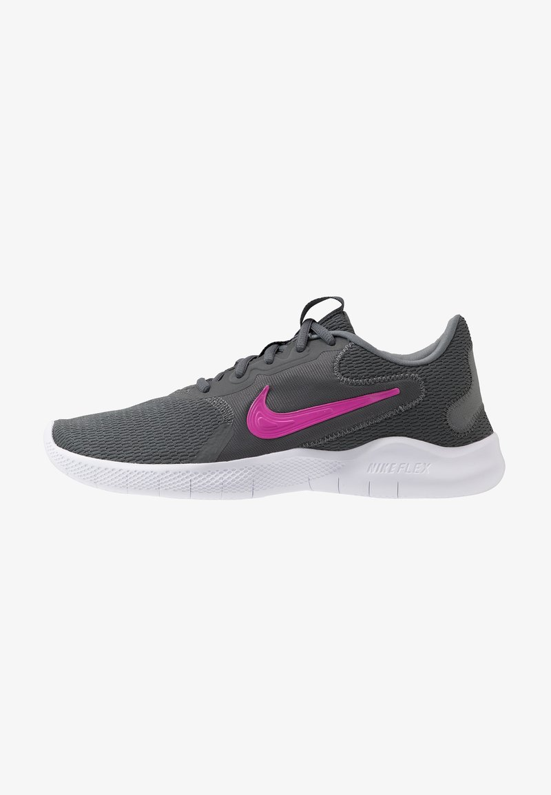 Nike Performance - FLEX EXPERIENCE RN  - Zapatillas de competición - iron grey/fire pink/smoke grey