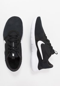 Nike Performance - FLEX EXPERIENCE RN  - Löparskor för tävling - black/white/dark smoke grey - 1