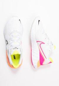 Nike Performance - RENEW RUN - Juoksukenkä/neutraalit - platinum tint/black/white/pink blast/lemon/total orange - 1