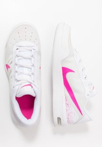 Nike Performance - COURT AIR MAX VAPOR WING - Tennisschoenen voor alle ondergronden - white/laser fuchsia - 1
