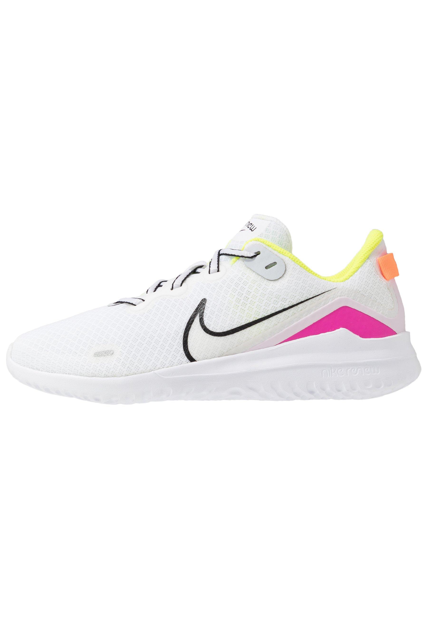 Nike Performance REVOLUTION 5 Neutrala löparskor barely