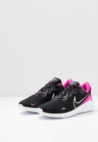 Nike Performance - RENEW RIDE  - Obuwie do biegania treningowe - black/white/fire pink/anthracite - 2