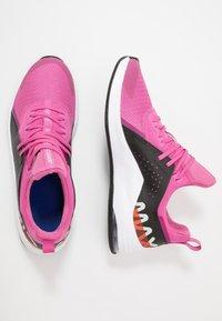 Nike Performance - AIR MAX BELLA TR 3 - Obuwie do biegania treningowe - magic flamingo/black/pistachio frost/team orange/hyper blue/summit white - 1