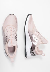 Nike Performance - AIR MAX BELLA TR 3 - Laufschuh Neutral - stone mauve/metallic red bronze/metallic silver/barely rose/white/black - 1