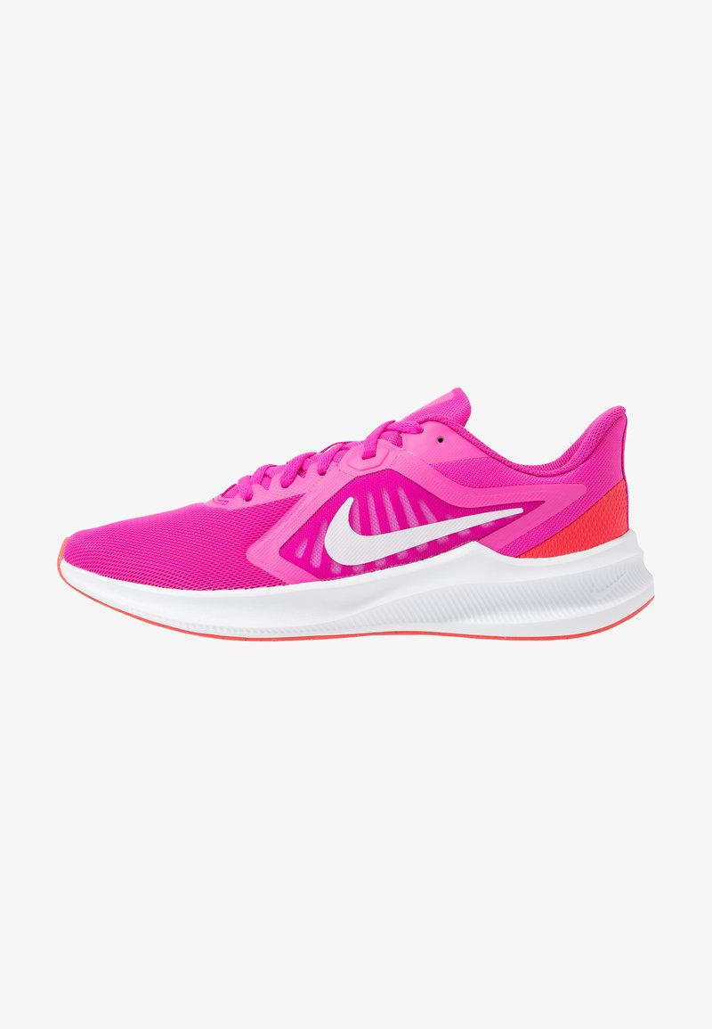 Nike Performance - DOWNSHIFTER 10 - Obuwie do biegania treningowe - fire pink/summit white/ember glow/white