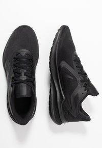 Nike Performance - DOWNSHIFTER 10 - Obuwie do biegania treningowe - black - 1