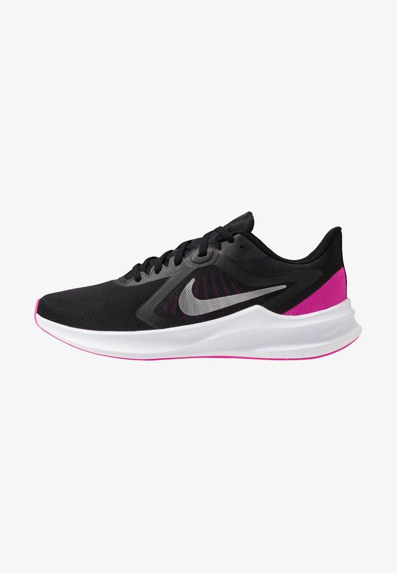 Nike Performance - DOWNSHIFTER 10 - Obuwie do biegania treningowe - black/metallic silver/fire pink