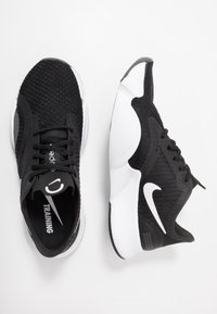 Nike Performance - SUPERREP GO - Sportovní boty - white/black/dark smoke grey - 1
