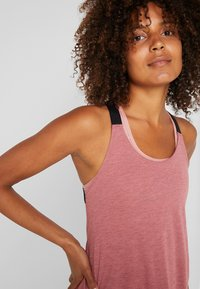 Nike Performance - DRY TANK ELASTIKA - T-shirt sportiva - cedar/heather/black - 4