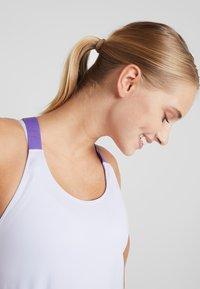 Nike Performance - DRY TANK ELASTIKA - T-shirt sportiva - lavender mist/psychic purple - 3
