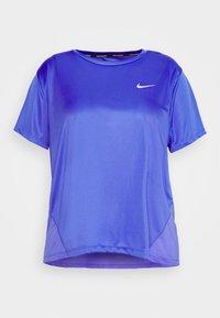 Nike Performance - MILER  - T-shirts med print - sapphire/silver - 4
