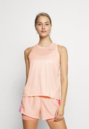 MILER TANK - Sportshirt - washed coral/reflective silver