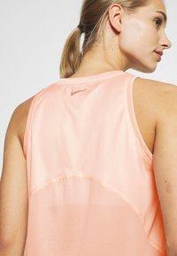 Nike Performance - MILER TANK - Camiseta de deporte - washed coral/reflective silver - 3