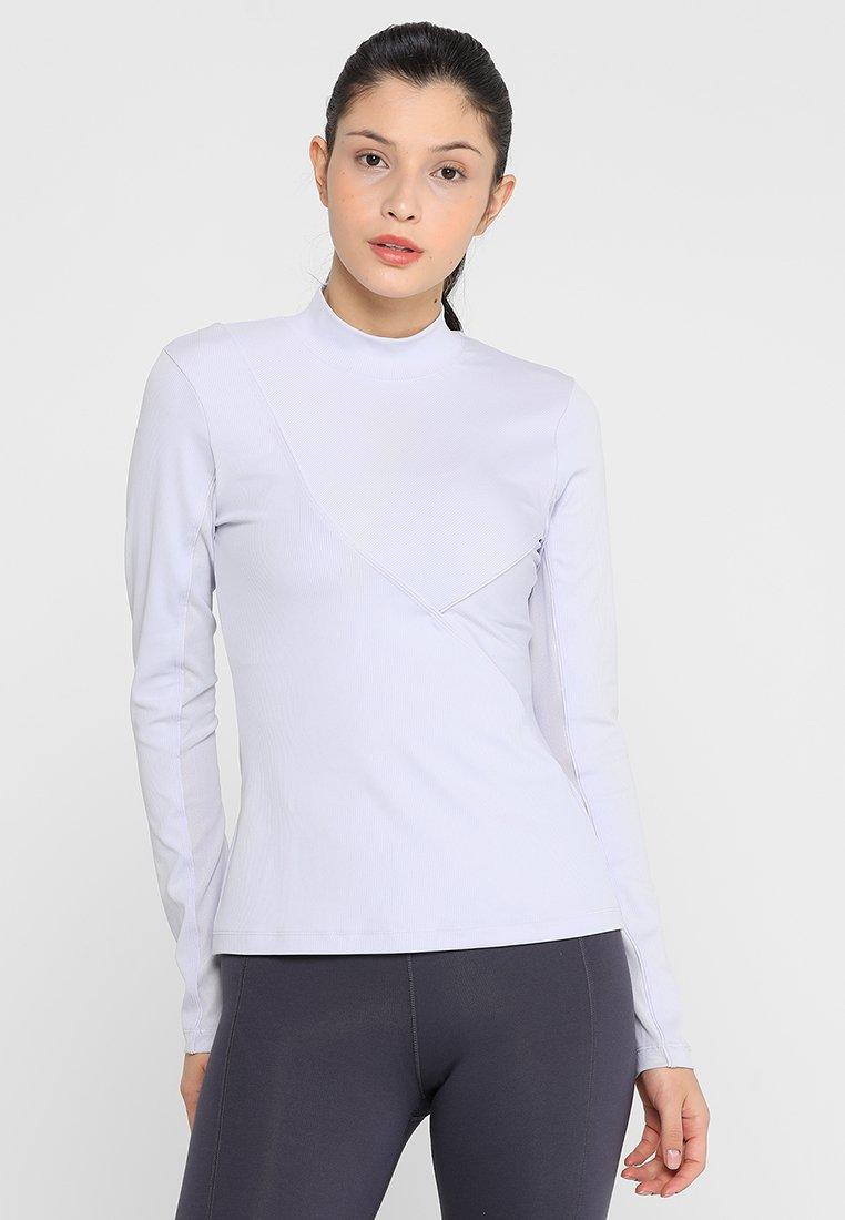 Nike Performance - T-shirt sportiva - oxygen purple/clear