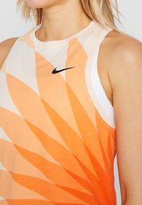 Nike Performance - KNVB NIEDERLANDE TANK PRESEASON - Linne - orange quartz - 3