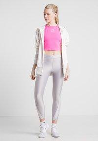 Nike Performance - TANK - Treningsskjorter - laser fuchsia/rose gold/white - 1