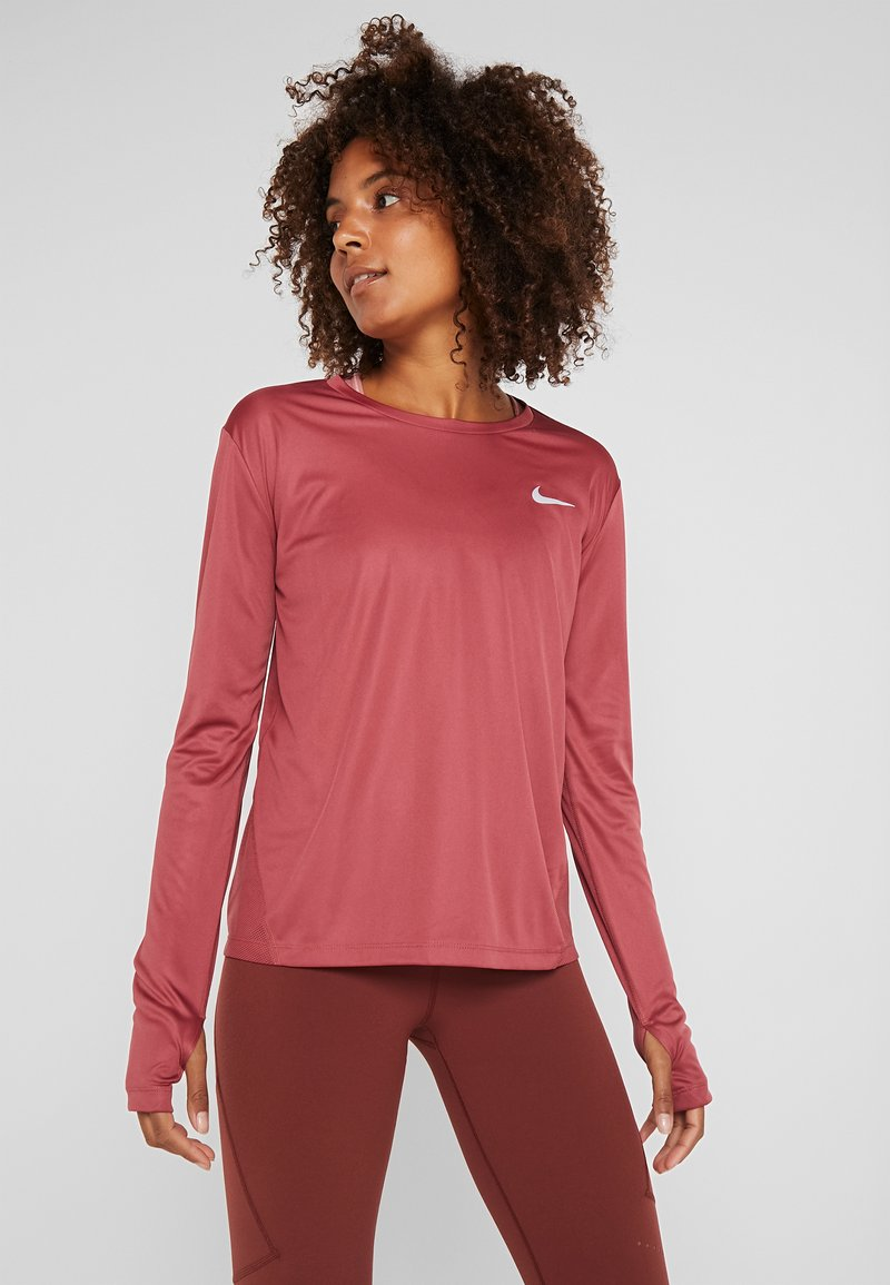 Nike Performance - MILER TOP - Sports shirt - cedar/reflective silver