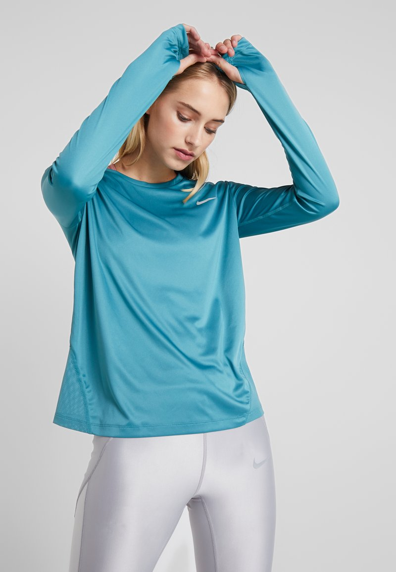Nike Performance - MILER TOP - T-shirt de sport - mineral teal/silver