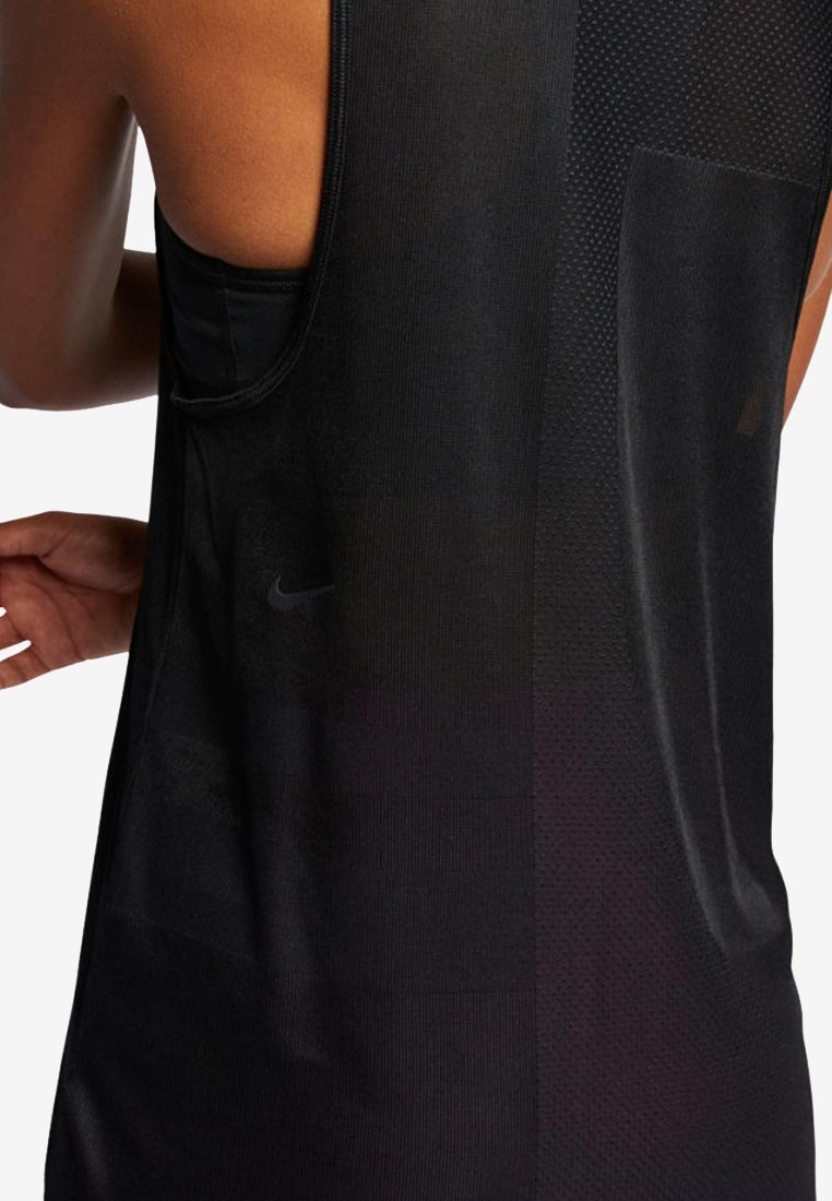 Nike Performance TECH PACK - Top black
