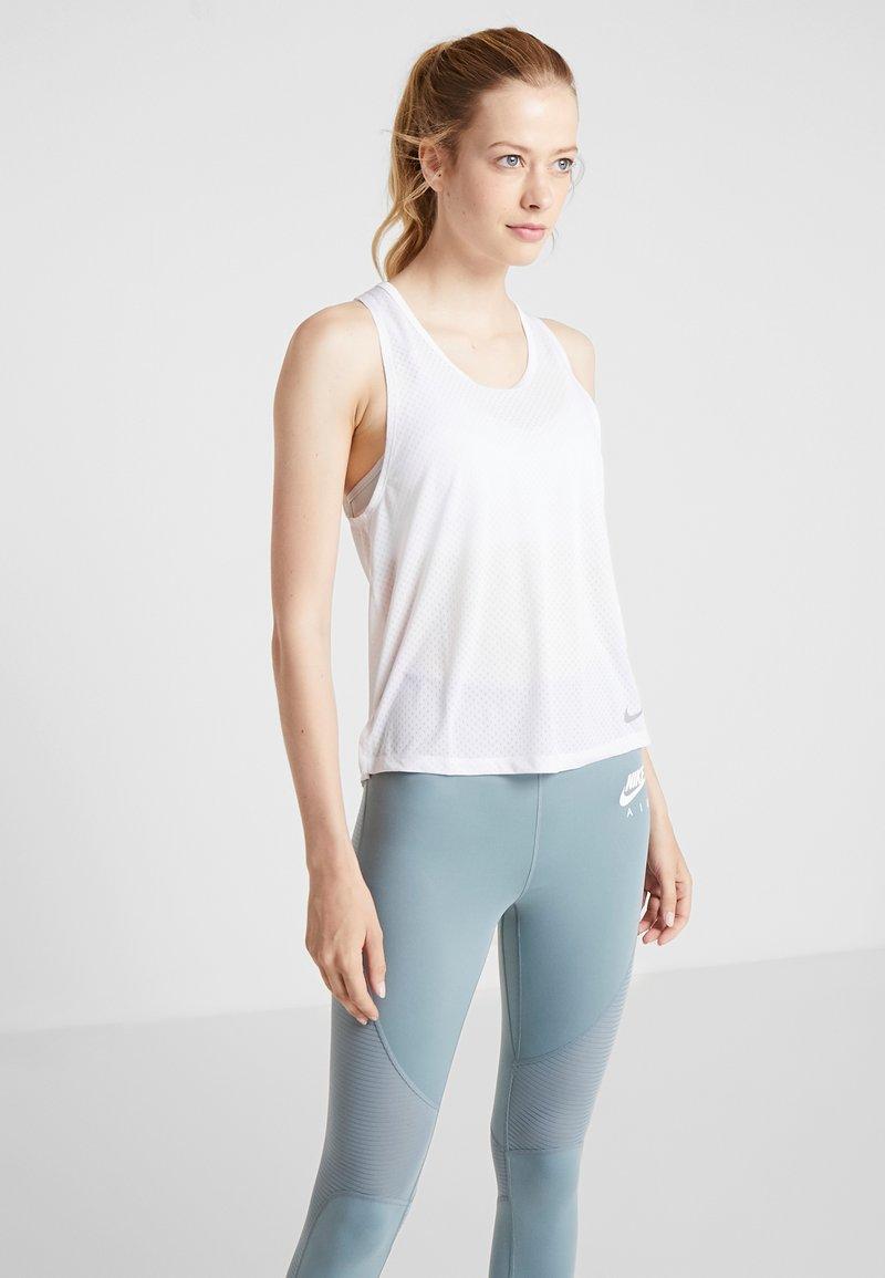 Nike Performance - MILER TANK BREATHE - Koszulka sportowa - white/reflective silver