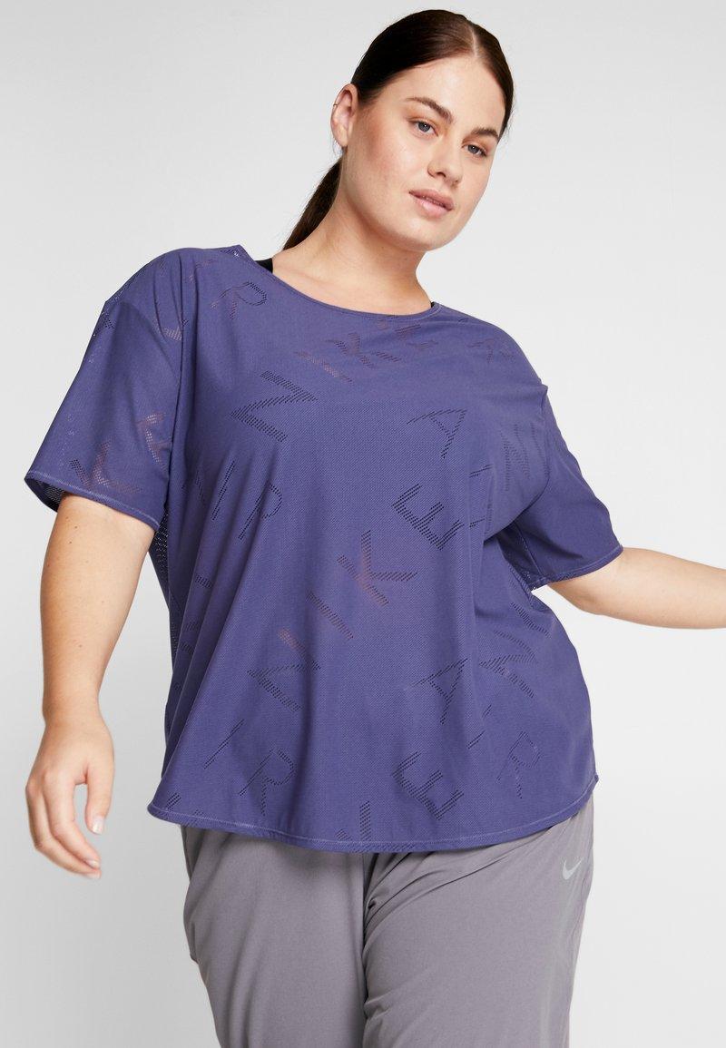 Nike Performance - AIR PLUS - T-Shirt print - sanded purple/white