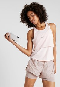 Nike Performance - TANK BREATHE - T-shirt sportiva - echo pink/reflective silver - 0