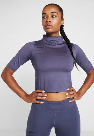 AIR - T-Shirt print - sanded purple/black