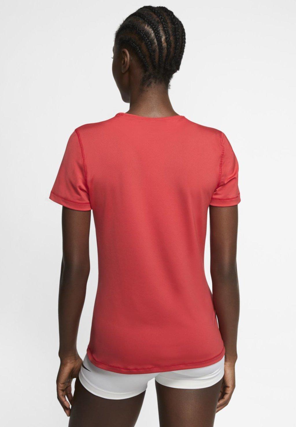 Nike Performance T-shirt z nadrukiem - track red/white