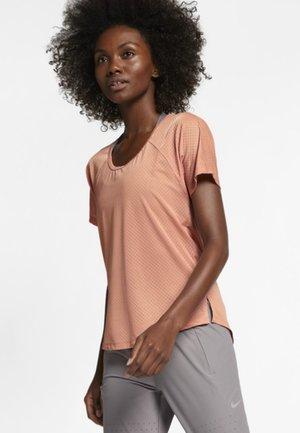 BREATHE - T-shirt z nadrukiem - rose