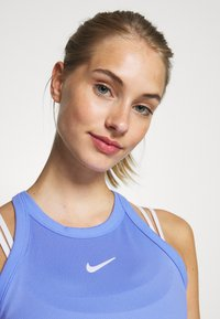 Nike Performance - DRY TANK - Camiseta de deporte - royal pulse/white - 4