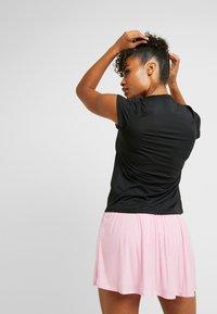 Nike Performance - DRY - Basic T-shirt - black/white - 2