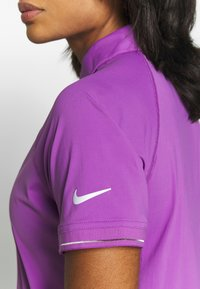 Nike Performance - ESSENTIAL  - Funktionströja - purple/white - 4