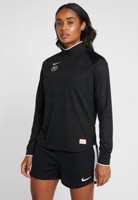Nike Performance - DRY - T-shirt de sport - black - 0