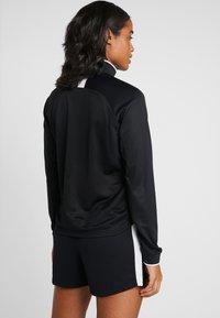 Nike Performance - DRY - T-shirt de sport - black - 2
