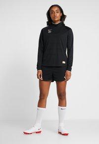 Nike Performance - DRY - T-shirt de sport - black - 1