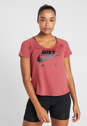 AIR - T-shirt print - cedar/black
