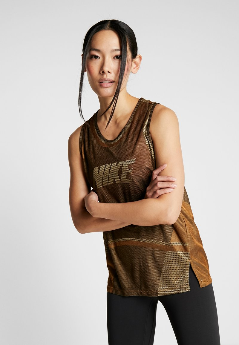 Nike Performance - ICON TANK - Camiseta de deporte - wheat/club gold/black