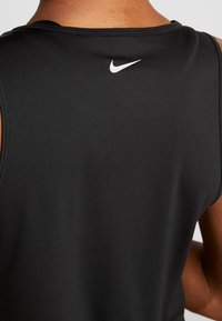 Nike Performance - YOGA TANK KEYHOLE - Funkční triko - black/vast grey - 3