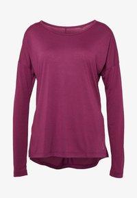 Nike Performance - YOGA LAYER  - Sports shirt - villain red/shadowberry - 4