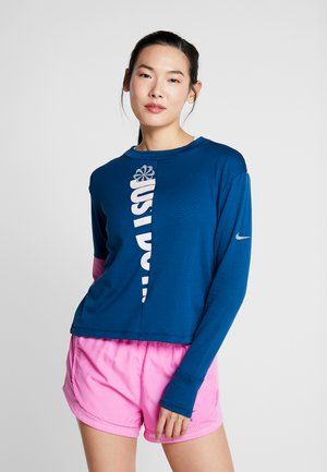 TOP CREW - Sports shirt - valerian blue/cosmic fuchsia
