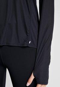 Nike Performance - Sports shirt - black - 5