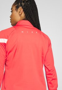 Nike Performance - DRY - Fleece jumper - track red/washed coral - 5
