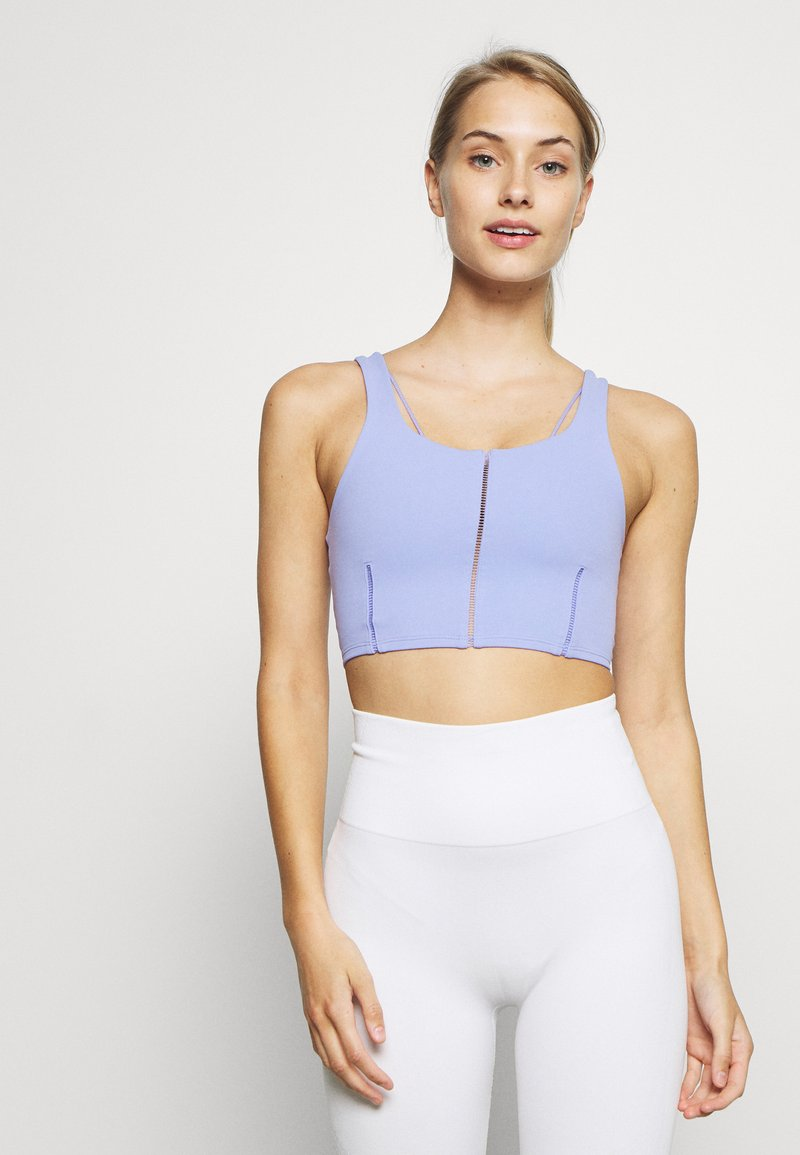 Nike Performance - YOGA LUXE CROP TANK - Sport BH - light thistle/sapphire